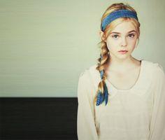 1998年アメリカ生まれの現在16歳の若手女優エル・ファニング(Elle Fanning)。キャリア