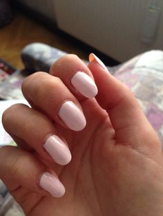Diese Farbe von P2 ist DIE Farbe! Wird natürlich nicht mehr produziert. Nails, Painting, Beauty, Colors, Finger Nails, Beleza, Ongles, Painting Art, Nail