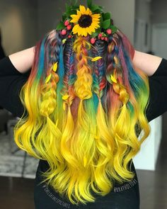 Rainbow Garden Hair Color Rainbow Garden Hair Color a stunning multicolored hair at the root going into a yellow balayage at the ends. Hair color by Highland park NJ Hairstylist Chelsea Manfre and Hairstylist Kaylan More Hair Styles Like This! Pelo Multicolor, Multicolored Hair, Colorful Hair, Bright Coloured Hair, Cool Hair Color, Cool Hair Dyed, Dyed Hair Pink, Yellow Hair Color, Vivid Hair Color