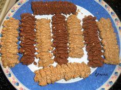 עוגיות מכונה מקמח מלא - סבתא מבשלת וגם...סורגת - תפוז בלוגים