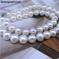 add a pearl necklace lux bond and green.        In the fast moving world, it is not only your educational qualification that counts but also your ability to look presentable. Personally, I wouldn聮t like to see someone with orange shoes, yellow    pants and a purple scarf in my office. Choosing the correct accessories is very important.visit: www.bmeripearl.com