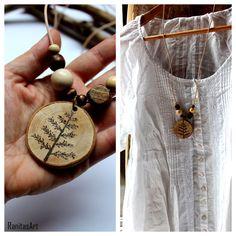 Tree wood necklace from Ranitasart Etsyshop (10% discount coupon PIN10)