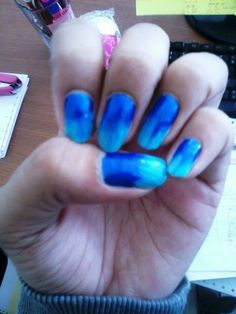 #nailart #blue #ombre #gradient