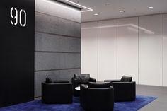 90 Collins St_Ground Lobby Concierge02