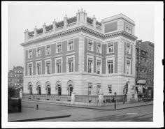 New York Public Library - E. Broadway (1910)
