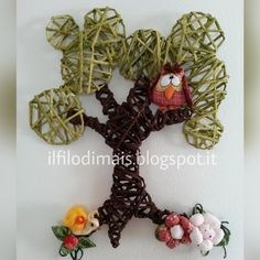 Old Magazines, Fairy Wings, Educational Games, Grapevine Wreath, Quilling, Grape Vines, Origami, Recycling, Owl