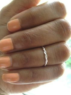 Hey, I found this really awesome Etsy listing at http://www.etsy.com/listing/157629480/knuckle-ring-silver-midi-ring-above-the