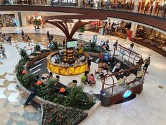 Alışveriş merkezlerinde stand açarak para kazanmak isteyen girişimciler için frenchising yöntemiyle nasıl stand açabileceklerini inceledik.