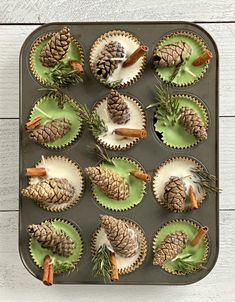 Pine Cone Art, Pine Cone Crafts, Cute Crafts, Christmas Projects, Holiday Crafts, Diy Crafts To Sell, Pine Cones, Homemade Fire Starters, Pinecone Fire Starters