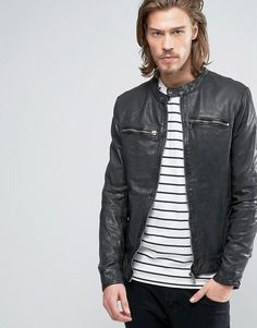 c720ccec621 Get this Goosecraft s leather jacket now! Click for more details. Worldwide  shipping. Goosecraft