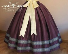 African Dresses For Women, Vintage Gowns, Leo, Vintage Fashion, Sewing, Womens Fashion, Briar Rose, Aragon, Long Skirts