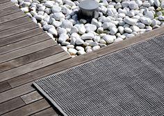 Loop outdoor rug --> http://www.warli.it/#!loop-eng/c1ac9
