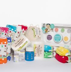 Keen to jump on the cloth diapering train? This Super Starter Pack has everything you need! www.fancypantsproducts.co.za