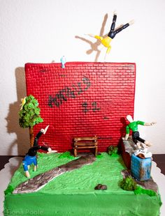 21 Most Ridiculous Birthday Cakes To Make For The Adventurer In Your Life - Mpora Bicycle Cake, Bike Cakes, Parkour, Mountain Bike Cake, Running Cake, Rock Climbing Cake, Bake Off Contestants, Skateboard Cake, Octopus Cake