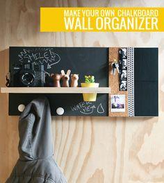 Roundup: 10 DIY Desk Calendars, Wall Calendars, and Memo Boards - Dıy Desk vintage Ideen Diy Wand, Diy Tableau Noir, Mur Diy, Do It Yourself Inspiration, Creation Deco, Diy Chalkboard, Wall Organization, Organizing Ideas, Organising