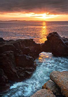 Stunning Irish sunset from http://blog.discoverireland.com/2013/01/images-of-ireland-4/#