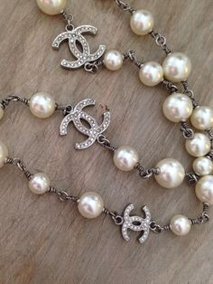 CHANEL Stunning Pearl Necklace Double CC Classic Sautoir #Chanel #StrandString