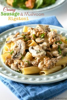 This Creamy Sausage and Mushroom Rigatoni is rich and decadent. It tastes like a dish from a restaurant! the-girl-who-ate-everything.com