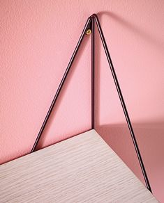 maze interior presents pythagoras shelf at maison et objet Industrial Metal Shelving, Metal Shelves, Iron Furniture, Steel Furniture, Diy Interior, Interior And Exterior, E Piano, Cupboard Design, Do It Yourself Crafts