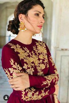 #pakistanifashion #pakistanidress Ayeza Khan Beautiful Pakistani Dresses, Pakistani Formal Dresses, Nikkah Dress, Pakistani Wedding Outfits, Pakistani Dress Design, Indian Dresses, Shadi Dresses, Indian Suits, Bridal Mehndi Dresses