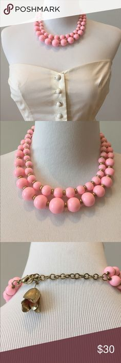 Banana Republic Beaded Layered Necklace Choker Pretty in Pink. Great condition. Worn a few times. Purchased at BR but no tags on Necklace. Realizing BR doesn't tag their jewelry 🤔 Pretty tulip bell with hidden bead inside by clasp. ❌ no trades ❌❌ no low ball offers Banana Republic Jewelry Necklaces