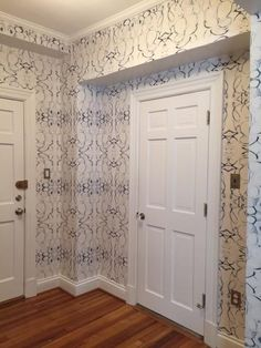 43014 Blue Wallcovering – lindsay cowles llc Hallway Wallpaper, Bathroom Wallpaper, Wallpaper Ideas, Thistle Wallpaper, Blue And White Wallpaper, Standard Wallpaper, Upstairs Hallway, Teenage Room, Wall Decor