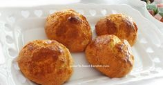 tarif annemden... neredeyse 40 yıllık bir tarif....İzmir'imize özgü enfes bir lezzet...ağızda eriyen bir kurabiye oluyor.mutlaka tavs...