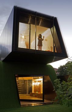 Image 24 of 33 from gallery of Hill House / Austin Maynard Architects. Courtesy of Andrew Maynard Architects Residential Architecture, Interior Architecture, Dynamic Architecture, Melbourne Architecture, Creative Architecture, Futuristic Architecture, Sustainable Architecture, Philip Johnson, House On A Hill