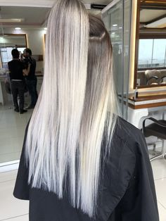 // biancacoetzee01 Ice Blonde Hair, Ash Blonde, Ombre Hair Color, Blonde Color, Curls For Long Hair, Hot Hair Styles, Hair Addiction, Balayage Hair, Straight Hairstyles