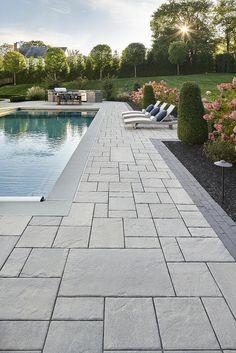 Pool Pavers, Swimming Pool Landscaping, Swimming Pool Designs, Landscaping Ideas, Inground Pool Designs, Big Backyard, Backyard Pool Designs, Backyard Pools, Indoor Pools