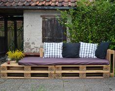 pallet sofa for our garden  Eine Lounge-Ecke für Parzelle 29: Ein Sofa aus Europaletten (mit easypeasy Bauanleitung von uberhusband)