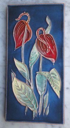 Fliese Kachel Wandplatte KARLSRUHER MAJOLIKA -- Anthurium -- 6874 -- Anita Fuchs