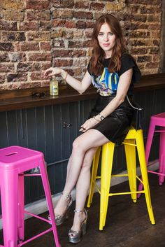 My City, My Style: Angela Scanlon Takes Clerkenwell By Storm Angela Scanlon, Sea New York, Balenciaga Top, Fashion Gal, Laura Whitmore, London Pictures, Tv Presenters, Urban Chic, Skinny Legs