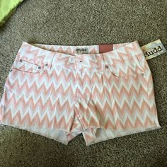 NWT Chevron Mudd denim shorts Mudd. size 11. Peachy color with white chevron. Frayed bottom. New with tags! Mudd Shorts Jean Shorts