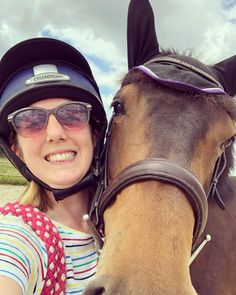 Equestrian blog about my experiences of turning away my young horse Gracie.