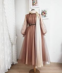 hochzeit ✔ Modekleider Formal Chic The Guide to Maternity Clothes Maternity cloth Hijab Evening Dress, Hijab Dress Party, Hijab Style Dress, Hijab Wedding Dresses, Modest Dresses, Simple Dresses, Dress Outfits, Fashion Dresses, Prom Dresses