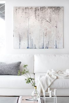 ChicDecó: | Debunking the Myths About Decorating with White