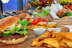 Burger Street Food, Hamburger, Ethnic Recipes, Greek, Recipes, Burgers, Greece