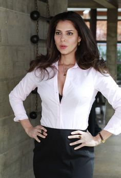 Devious Maids Pilot Pictures and Photos Roslyn Sanchez, Devious Maids, Pilot, By Any Means Necessary, Jessica Biel, Seohyun, Girl Day, White Shirts, Beauty Women