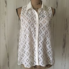 ☮ White Hollister Lace Top ☮ White Hollister Lace Top with sheer back. Great summer top to wear with shorts or jeans.  In very good condition. Hollister Tops