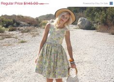 Vintage 50s Dress / 1950s by WhenDecadesCollide