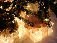 Lighted Glass Block _ #Christmas #Holiday Decor #Deck the Halls