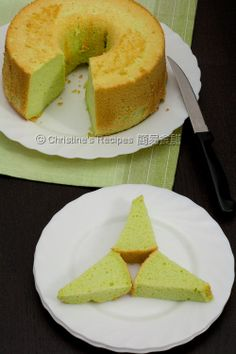 Pandan Chiffon Cake - Simple and delicious.  Got a more simple recipe: 1) Beat 5 egg whites with 100g sugar 2) mix 5 yolks, 60g sugar, 1/2 tsp pandan paste & 2 tbsps water 3) mix 1) & 2) and 100g plain flour, 1/2 tsp baking powder then 5 tbsps of corn oil. 4) bake at 150 C degree for 1 hr.