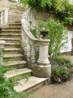 Noyers-sur-Serein, Bourgogne