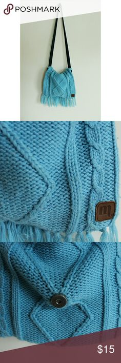 Knitted Foldover Purse Previously owned and in good condition. Not sure of the brand but inside says Made in USA Beautiful soft blue color with baby blue lining, snap button closure and zipper pockets for your things. Free People Bags Crossbody Bags
