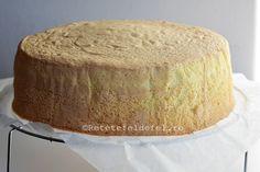 Daca va plac blaturile pufoase,fine si dense,trebuie sa incercati acest blat de tort … Cornbread, Vanilla Cake, Tiramisu, Food And Drink, Sweets, Ethnic Recipes, Desserts, Cakes, Workshop