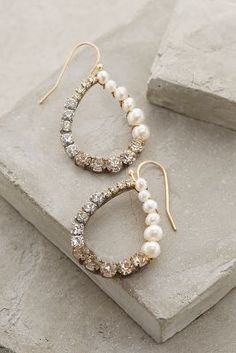 Anthropologie Pearled Ombre Hoops #anthropologie #anthrofave