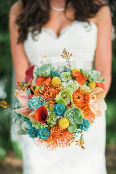 Colorful wedding bridal bouquet. Photography: Melissa Brandman Floral Design: Floral Works and Events