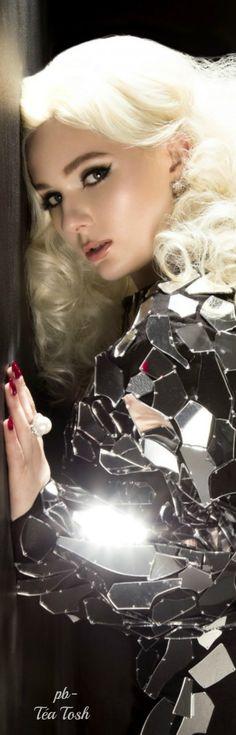 ❇Téa Tosh❇YOKO LONDON Pearls