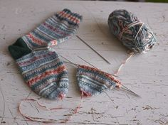 How to knit the easiest sock in the world.
